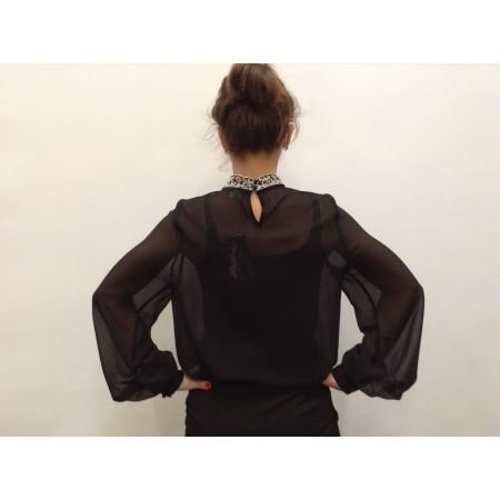 Блуза  черная с кружевом  Состав 100% silk